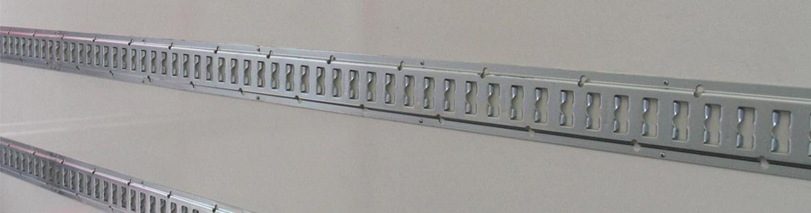 Рейки в 2 ряда на трёх стенах