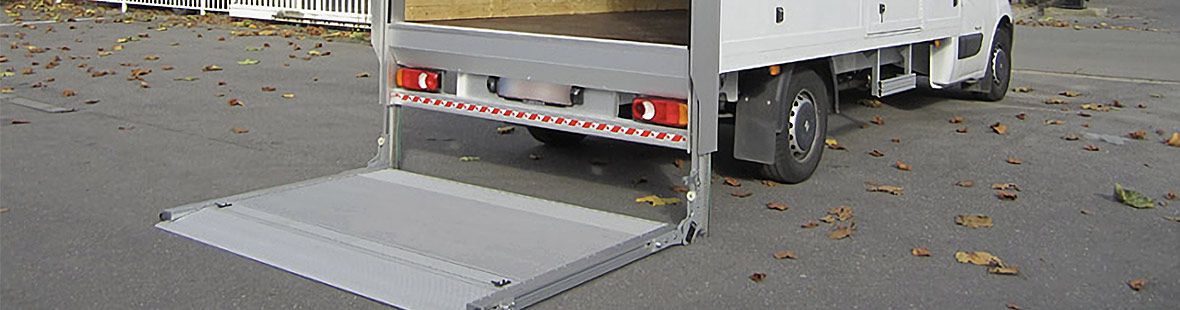 Гидроборт колонный для промтоварного фургона