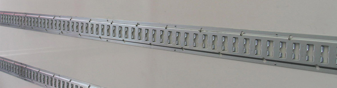 Рейки в 2 ряда на двух стенах