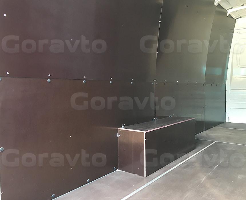 Обшивка фургона Mercedes-Benz Sprinter Classic коричневой ламинированной фанерой: Пол, арки и стены