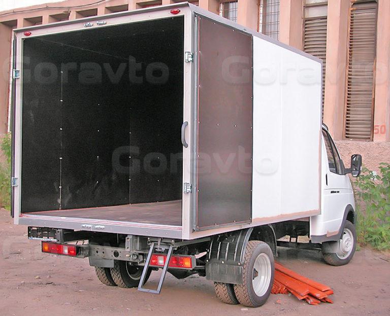 Обшивка промтоварного фургона коричневой ламинированной фанерой