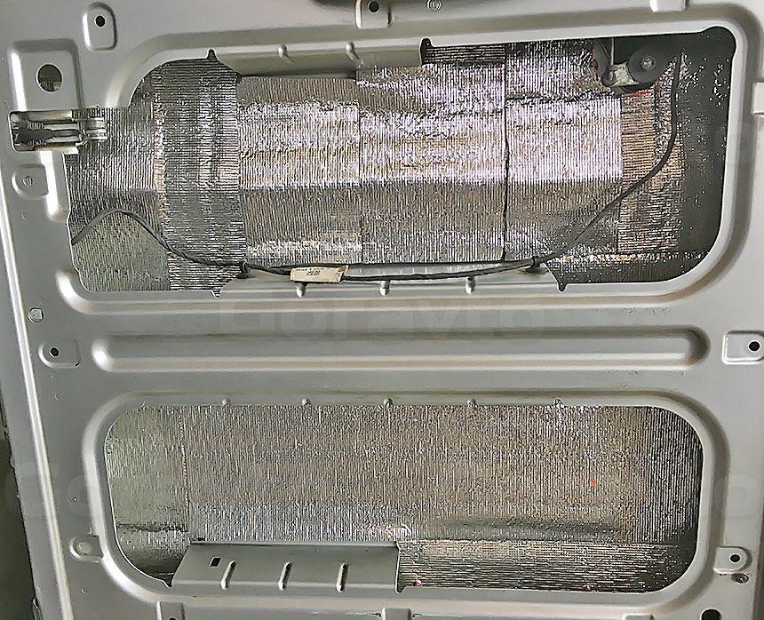 Шумоизоляция грузового отсека фургона Peugeot Boxer: Дверь