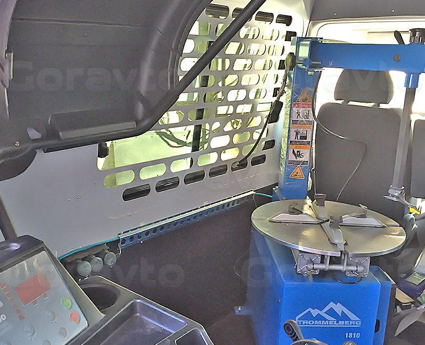 Мобильный шиномонтаж на основе фургона Fiat Ducato: Оборудование