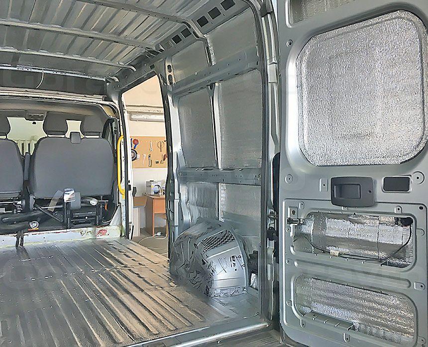 Шумоизоляция грузового отсека фургона Peugeot Boxer: Пол, двери, стены, арки и потолок