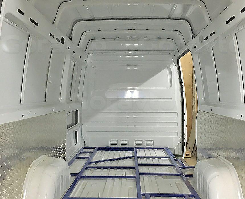 Мобильный шиномонтаж на основе фургона Mercedes-Benz Sprinter Classic: Рама для установки оборудования