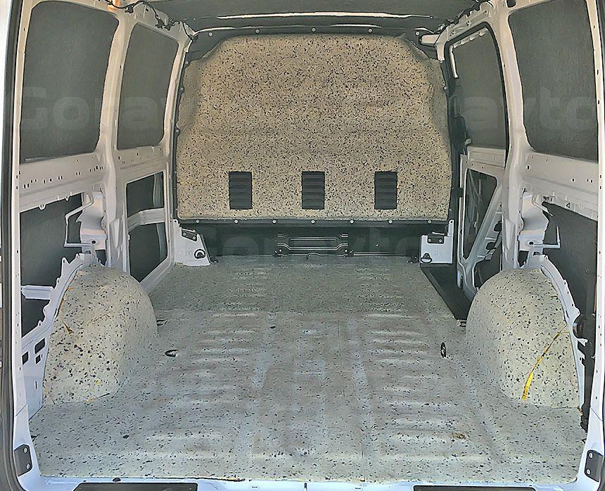 Шумоизоляция фургона Mercedes-Benz Vito: Шумоизоляция пола и арок