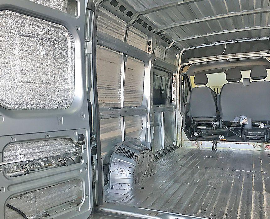 Шумоизоляция грузового отсека фургона Peugeot Boxer: Стены, пол, двери, арки и потолок
