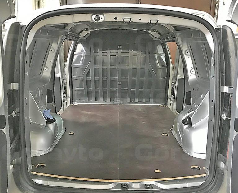 Установка пола в фургон Lada Largus