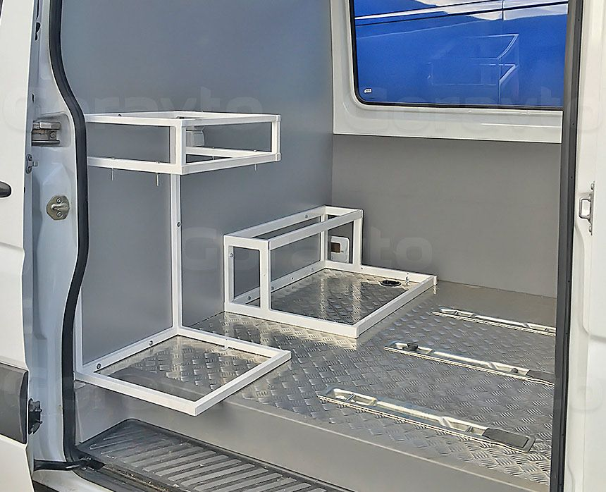 Автомобиль для перевозки мотоцикла на базе грузопассажирского Mercedes-Benz Sprinter: Монтаж рамы под холодильник с плитой и рамы под сидение 2-го ряда