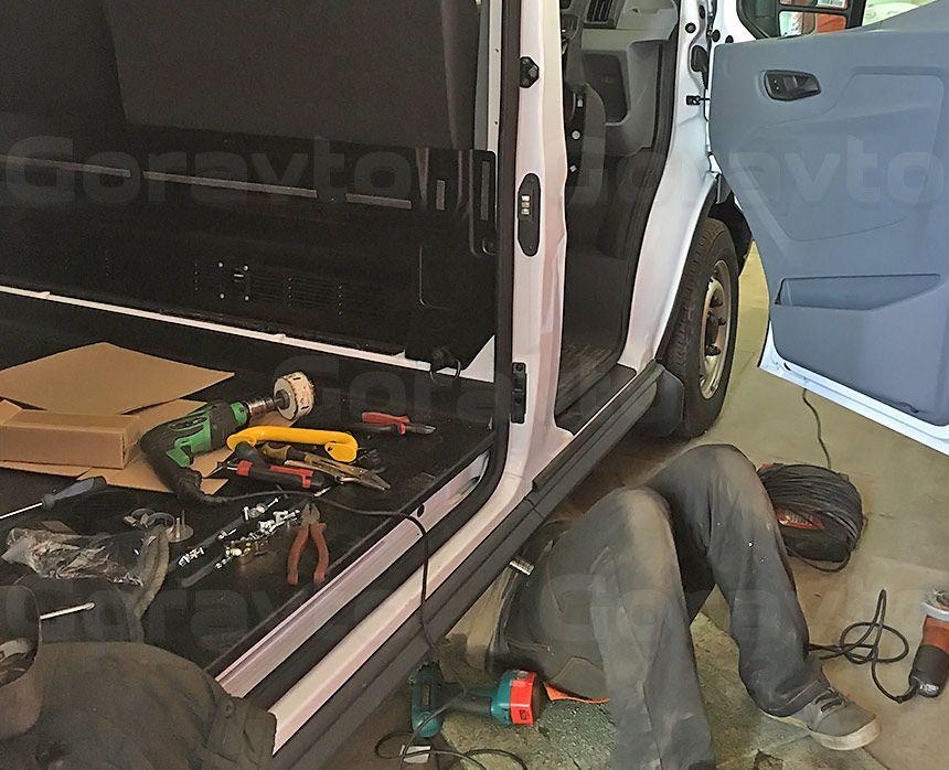 Утепление цельнометаллического фургона Ford Transit: Подготовительные работы