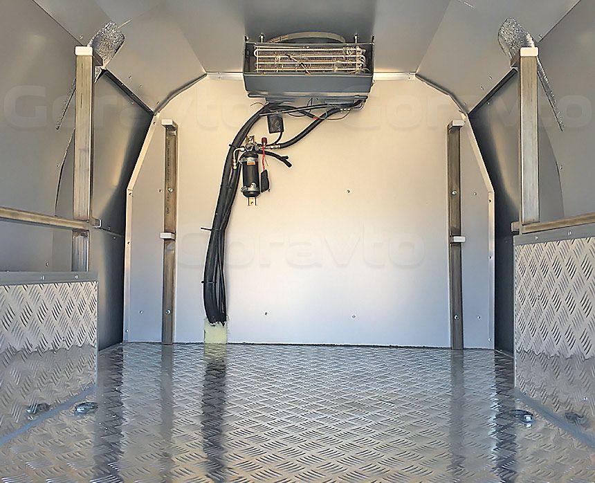 Утепление фургона Лада Ларгус: Утепленный фургон с установленным оборудованием