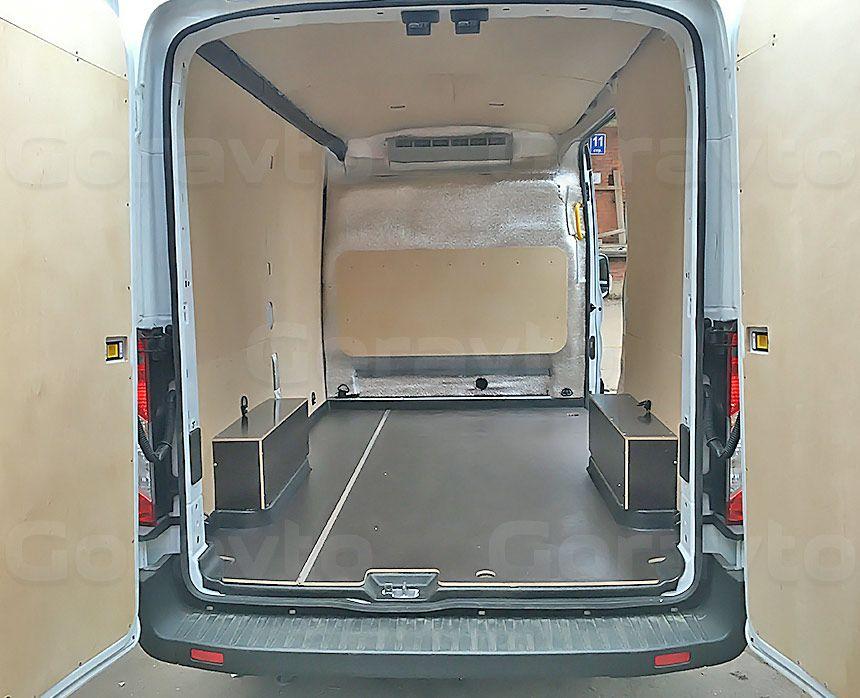 Утепление цельнометаллического фургона Ford Transit: Утеплённый и обшитый фанерой фургон