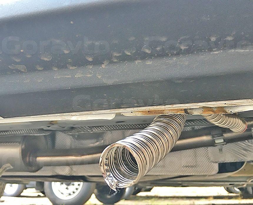 Утепление цельнометаллического фургона Ford Transit: Выхлопная труба отопителя