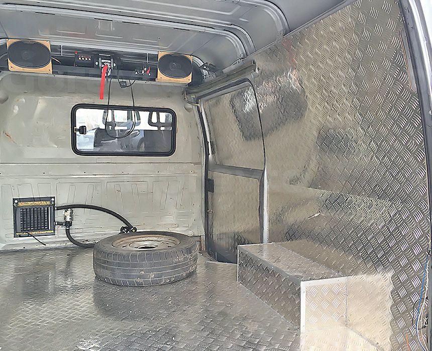 Автомобиль для охоты на основе фургона ГАЗ Соболь: Обрамление арок алюминием