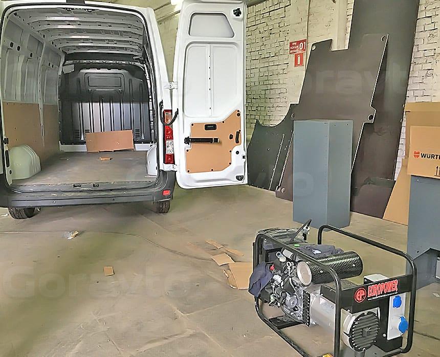 Мобильная мастерская на основе фургона Renault Master: Фургон для оборудования мобильной мастерской