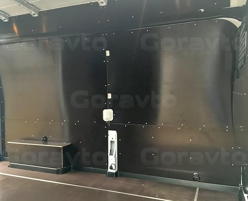 Обшивка фургона Ford Transit ламинированной фанерой: Обшивка стен, арок и пола фургона