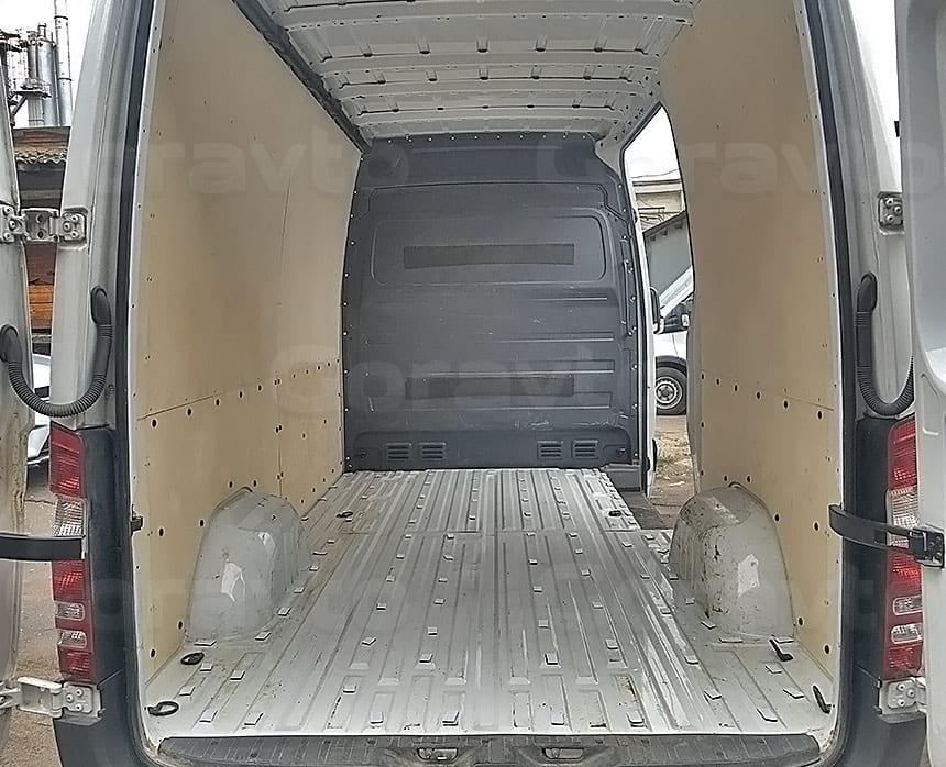 Обшивка фургона Iveco Daily фанерой: Обшивка стен фургона