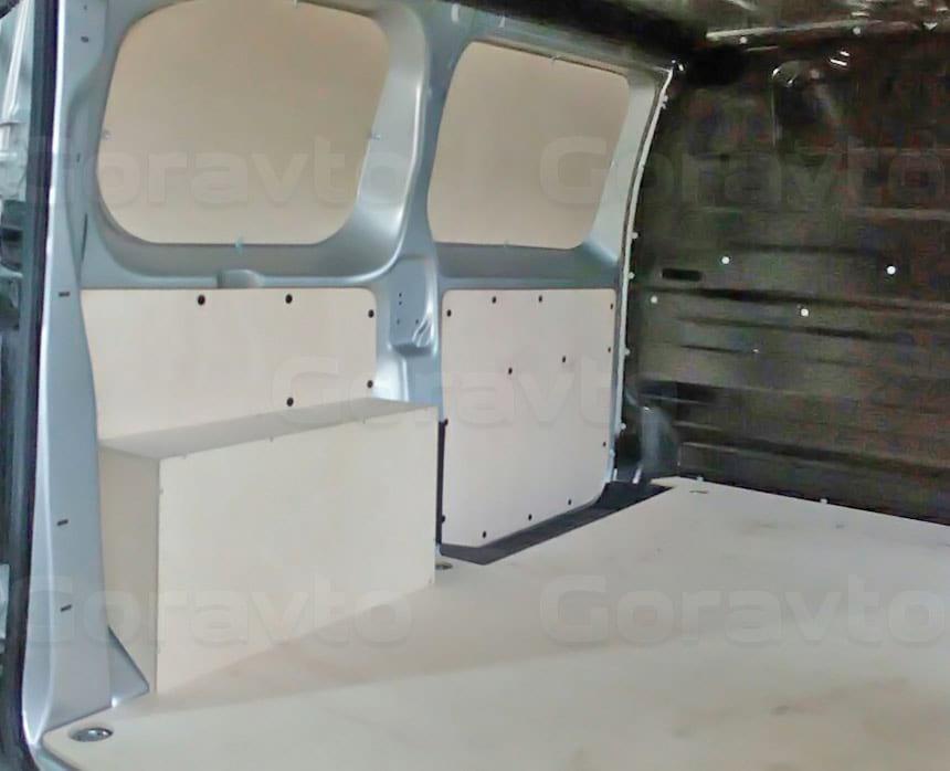 Обшивка фургона Peugeot Expert берёзовой фанерой: Обшивка стен, пола и арок фургона