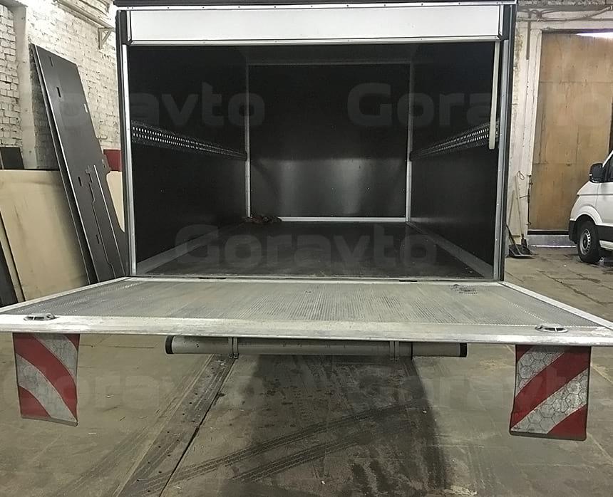 Гидроборт на уровне пола грузового отсека