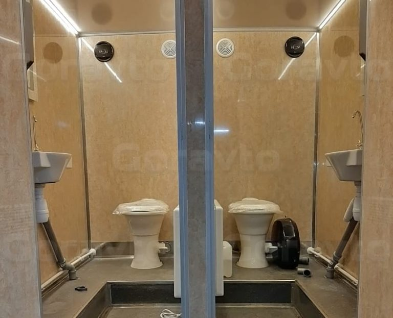 Мобильный туалет на базе промтоварного фургона