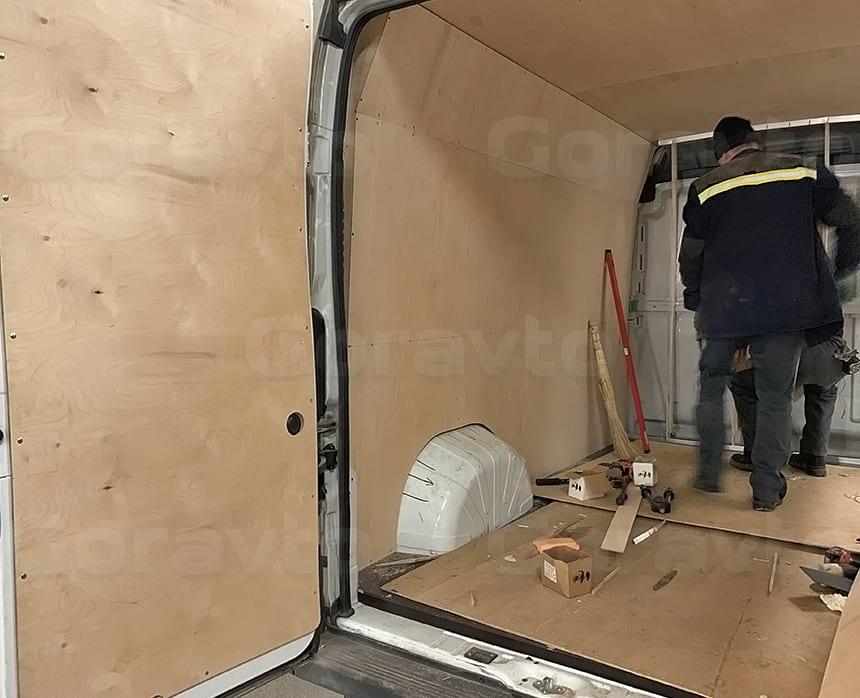 Обшивка и утепление дверей цельнометаллического фургона