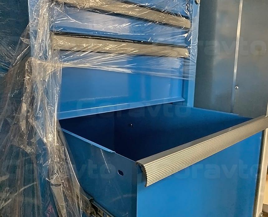 Примерка металлического ящика