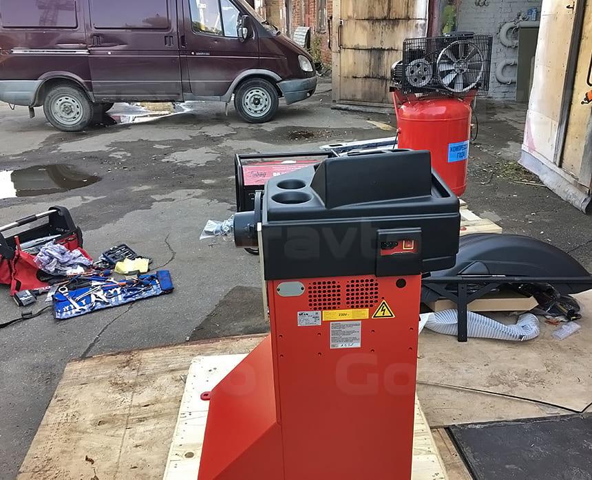 Распаковка шиномонтажного оборудования