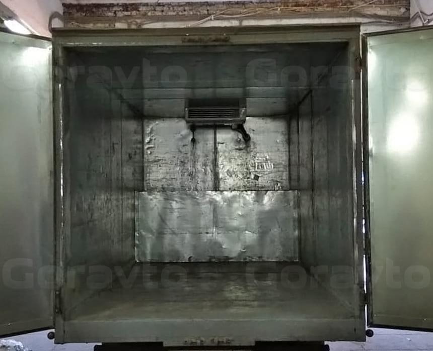 Замена внутреней части дверей на новые оцинкованные листы